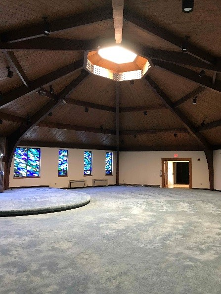 Vaulted ceilings in the old sanctuary